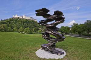 Runner  . Tony Cragg